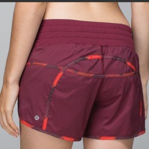 Lululemon tracker shorts 11  2way stretch